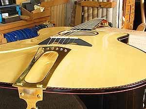Arch-top front